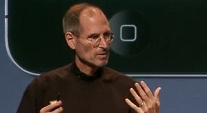 """Apple """"Antennagate"""" botrány – Steve Jobs válaszolt"""