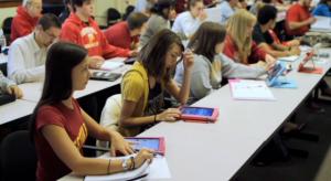 Kötelezővé teszik két belgiumi iskolában az iPadek használatát
