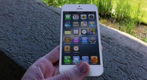 Októberben már talán itthon is lehet majd kapni az új iPhone készüléket
