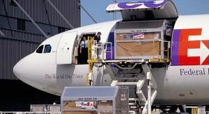 FedEx: szeptember 21-én indul az iPhone 5 forgalmazás