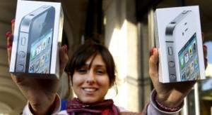 10 millió új iPhone készülék eladására számítanak az első héten