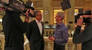 Hamarosan: Az első televíziós interjú Tim Cook-kal