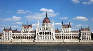 Az Apple-nek Magyarországot kellene megvennie?