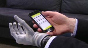 Egy iPhone alkalmazás segít a művégtaggal élő férfinek