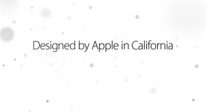 "Az Apple aláírása: ""Designed by Apple in California"""