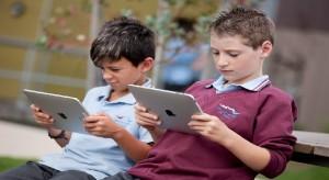 Ingyen kapnak iPad-et a Los Angeles-i diákok