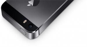 iPhone 5S vs. Galaxy S4 vs. HTC One vs. Lumia 1020