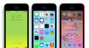 Az olcsó iPhone 5C nem olcsó, csak színes!