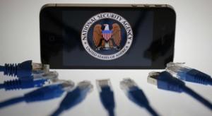Kitálalt a Spiegel: az okostelefonokba is belelát az NSA!