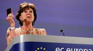 Az Európai Bizottság komolyan gondolja a roaming díj eltörlését