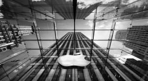 Jön a nagy kijelzős iPhone és a nagyobb iPad is