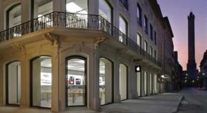 Adócsalással gyanúsítja Olaszország az Apple-t