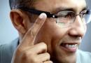 Okosszemüveget fejlesztene az Apple is?