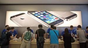 Rekordmennyiségű iPhone-t adhatott el a második negyedévben az Apple