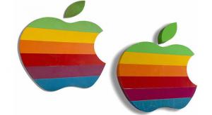 Van legalább tízezer dollárod? Vegyél egy szelet Apple-történelmet!