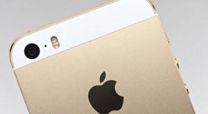 Továbbra is tarol az iPhone 5S
