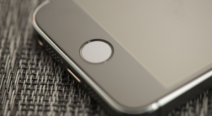 Példaértékű ítélet Touch ID ügyben