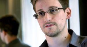 Edward Snowden nem hajlandó iPhone-t használni