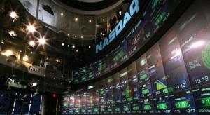700 milliárd dolláros piaci kapitalizáció fölött az AAPL