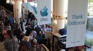 Már az iMac-fejezet jeleneteit forgatják Sorkinék