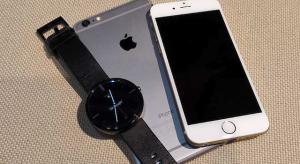 Jöhet az iPhone-kompatibilis Android Wear is