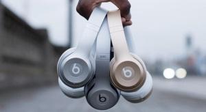 Az iPhone színeiben jelenik meg az új Beats fejhallgató