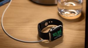 Az új Apple Watch változatlan külsővel és nagyobb akksival érkezhet