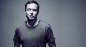 Elon Musk bunkónak nevezte Steve Jobsot