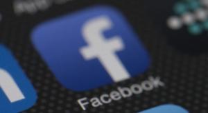 Jelentősen szívja az iPhone-od üzemidejét a Facebook alkalmazás