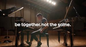 Az Apple-t fikázza legújabb reklámjában a Google