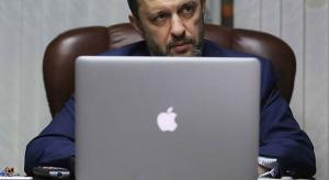 Putyin új internet cárja emelné az Apple és a Google adóját