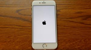 Kritikus hiba az iOS-ben, ami kinyírja az iPhone-od