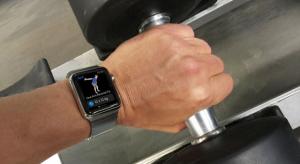 Tim Cook elhintett néhány információt az Apple Watch jövőjét illetően