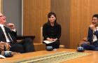 Japán miniszterelnökével találkozott Tim Cook