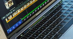 Megérkeztek az első Touch Bar-ral szerelt MacBook Pro review videók!