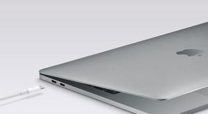 Az Apple meghosszabbította az USB C adapterek akciójának időtartamát
