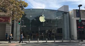 Csökkenő iPhone átlagárra számítanak az elemzők