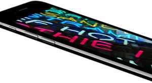 Mégsem olyan biztos, hogy hajlított kijelzőt kap az iPhone 8