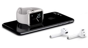 Sokkal nagyobb üzleti lehetőség rejlik az AirPods-ban mint az Apple Watch-ban
