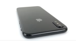 Brutális elő és hátlapi kamerával érkezik az iPhone 8