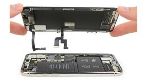 Az iFixit szétkapta az iPhone X-et