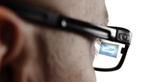 Már készülnek az első AR lencsék az Apple okosszemüvegéhez