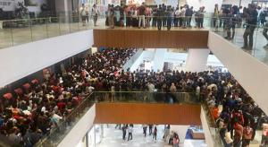 Kitalálnád miért állt sorba 11 ezer ember egy Apple egyik viszonteladójánál?