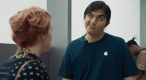 Ismételten az Apple-t szapulja legújabb reklámjával a Samsung