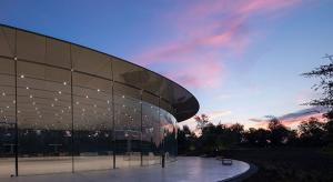 Strukturális művészeti díjat zsebelt be a Steve Jobs előadóterem