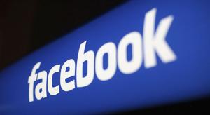 Hamarosan sötét móddal bővül a Facebook alkalmazása