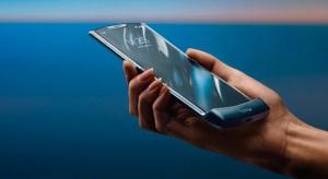 Motorola Razr – így kell hajtogathatós okostelefont csinálni