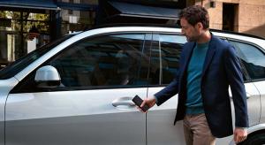 Egy lépéssel közelebb került az Apple a digitális autókulcs megvalósításához