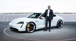 A Porsche egyik kiemelkedő emberével erősödött az Apple Car csapata