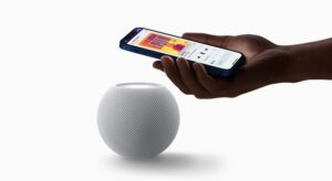 Egy frissítés segítségével a szoba páratartalmát és hőmérsékletét is megmondhatja a HomePod Mini
